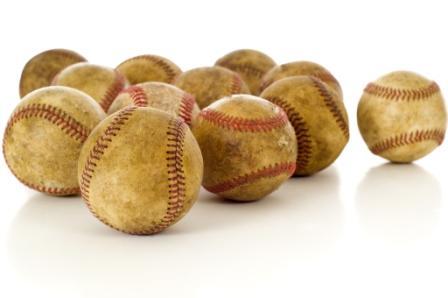 WEB-Vintage_Antique_Baseballs_2567832